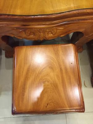 Bộ bàn ghế hoàng gia kiểu mới