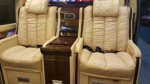 Bán xe Transit Limousine cực đẹp, giá cực tốt