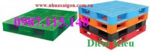 Pallet nhựa PL08LK giá sập sàn năm 2017