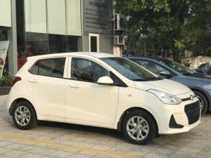 [Huế] Cần bán xe Hyundai Grand i10, màu trắng, 2017, số sàn
