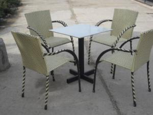 Xả hàng tồn kho bán thanh lý bàn ghế cafe giá rẻ.với nhiều mặt hàng chủng loại.