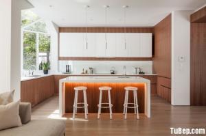 Tủ bếp Laminate vân gỗ phong cách Châu Âu hiện đại