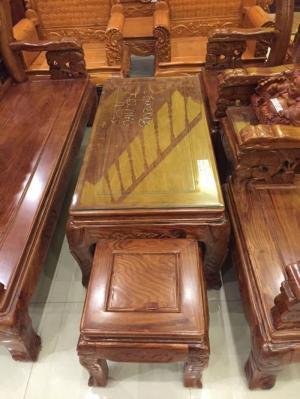 Bộ bàn ghế kiểu chạm cá chép.