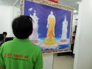 In tranh canvas HCM