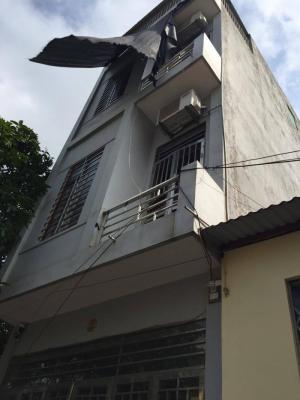 Cần bán gấp nhà 3 tầng 1 tum Phan Bội Châu chỉ 1,1 tỷ