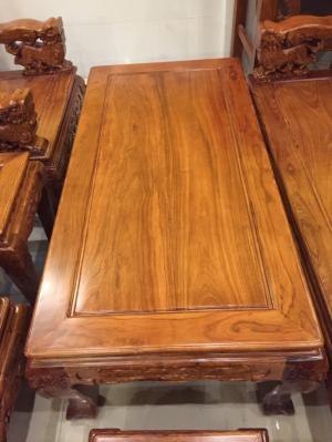 Bộ bàn ghế chạm lân tràng hạt mới.