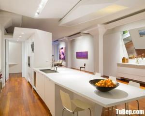 Tủ bếp gỗ Acrylic chữ I màu trắng thiết kế sang trọng – TBT56