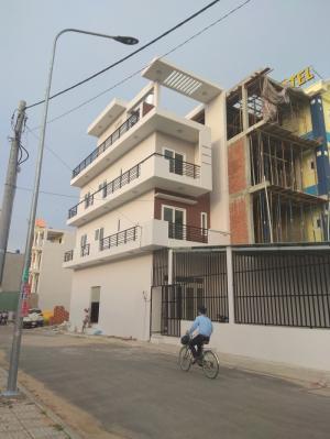 Nhà sổ hồng riêng hai mặt tiền phường Thới An, Q12 đúc 3,5 tấm