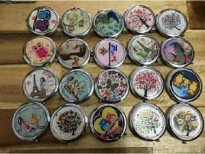 Gương trang điểm cầm tay Thái Lan