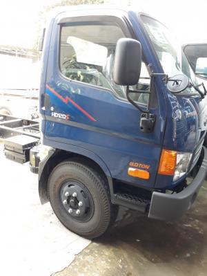 Hyundai HD120S tải 8 tấn, trợ lực thắng hơi, xe có sẵn giao ngay.