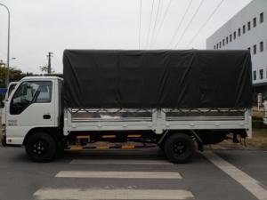 Xe tải isuzu 2.2 tấn thùng kín đời 2017 mới 100%