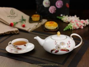 Bộ trà elip 0.47L Thiên Kim gốm sứ Minh Long I