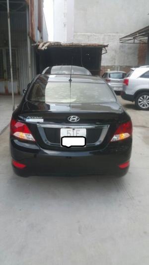 Bán Hyundai accent 1.4MT màu đen xe nhập