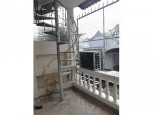 Nhà nguyên căn 2 lầu Nguyễn Xí, Bình Thạnh
