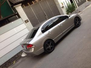 Cần bán xe Honda Civic 2.0at 2008 màu xám bạc zin