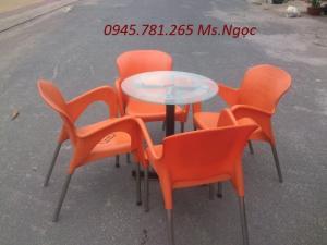 Bàn ghế cafe - bộ bàn ghế nhựa đúc