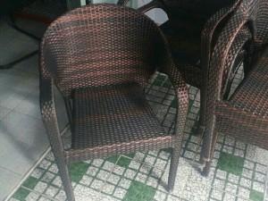 Bán bàn ghế nhựa giả mây giá tốt.
