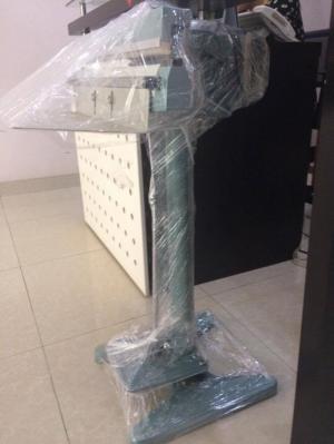 Máy hàn miệng túi dập chân model PFS-600