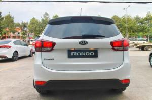 Kia Rondo Khuyến Mãi Lớn Trong T11. LH Ngay để có giá Tốt nhất Miền Nam.
