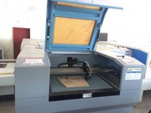 Máy Laser chuyên cắt chữ quảng cáo và thiết kế nội thất 1390