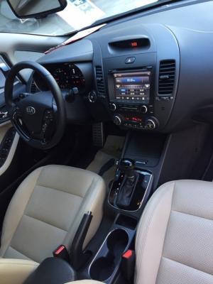 Bán Kia Cerato 1.6AT màu trắng số tự động sản xuất 2016 mẫu mới full options
