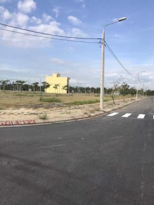 Đất vàng bên quốc lộ 1A, chiết khấu cực cao, chỉ ưu tiên cho 50 khách hàng đầu tiên