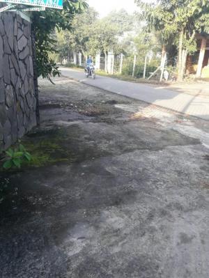 đất 10m x 54m  mặt tiền đường nhựa xã phạm văn cội,củ chi
