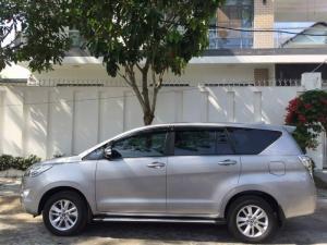 Cần bán xe Toyota Innova 2.0E 2017 màu xám bạc zin toàn tập