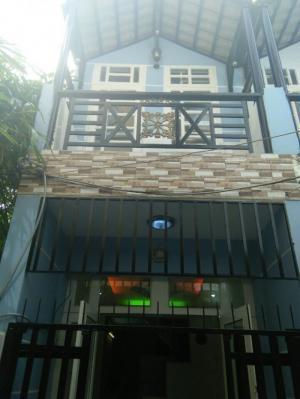 Nhà 1 trệt 1 lầu hẻm BP Huỳnh Tấn Phát
