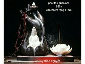 Thác khói trầm hương Phật thủ