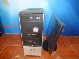 Bộ máy tính bàn chíp xeon X 3220+màn hình 18,5in ( Khuyến mại chuông báo động )