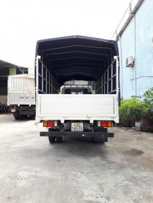 xe tải HYUNDAI nâng tải 2.4 tấn thùng mui bạt