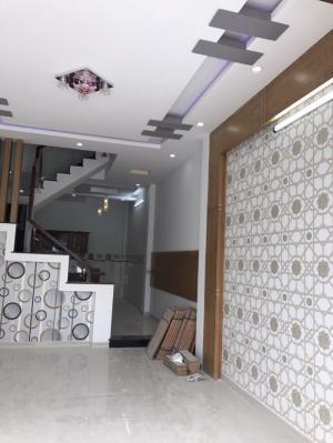 Nhà bán quận 12.DT:4x27m,đúc BTCT 1 trệt 3 lầu,ngay UBND phường Thạnh Lộc