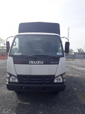 Xe tải ISUZU 2.4 tấn - Trả trước 150 triệu - Giao Xe Ngay