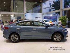 Xe Hyundai Elantra 2018 màu xanh - Đà nẵng giá sốc, giảm  giá 80 triệu , rẻ nhất thị trường