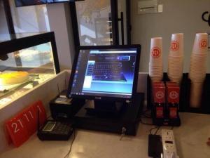 Trọn bộ siêu phẩm máy tính tiền màn hình cảm ứng, bộ máy Dell và phần mềm quản lý tính tiền, kiểm soát quầy thu ngân cho quán trà sữa