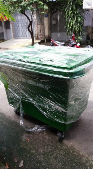 xe thu gom rác thải 1000 lít có 3 bánh hơi nhựa composite