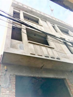 Nhà mặt ngõ 4Tx50m,oto vào nhà, tiện buôn bán nhỏ,gần chợ Hàng mới,hướng ĐB.