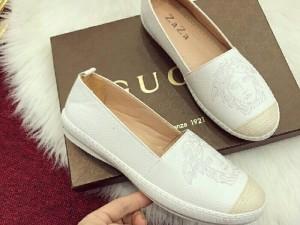 Giày bệt Gucci