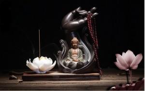Tháp Đốt Trầm Hình Bàn Tay Phật Kích thước 20x10cm Tặng kèm 1 Hộp Nhan Trầm - MSN1831049