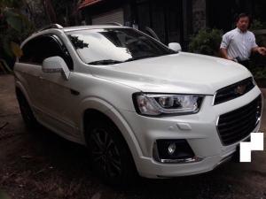 Bán Chevrolet Captiva Revv 2.4AT màu trắng số tự động sản xuât T6/2017 biển Sài Gòn