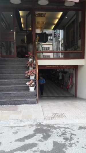 Bán nhà mặt phố Âu Cơ, đường đang mở 4 làn xe,Dt130m2x6tầng,Mt6m