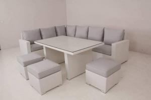sofa mây phòng lạnh giá rẻ nhất
