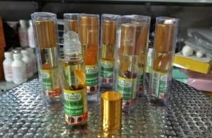Dầu lăn tinh dầu nhân sâm 8cc Thái Lan