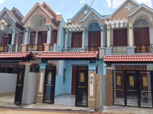 Bán nhà sổ hồng riêng Tân Phước Khánh, Bình Dương
