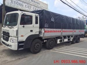 Bán xe tải 4 chân Hyundai thùng bạt 18 tấn tại thành phố