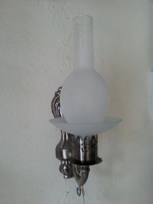đèn gắn cột phòng thờ đẹp giá tốt