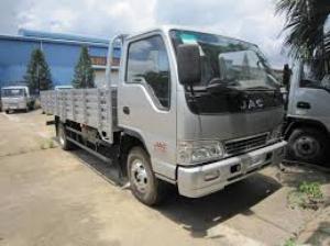 Xe tải Jac 6400 Kg thùng lửng kết hợp công nghệ Izuzu giá tốt nhất tại Bình Dương