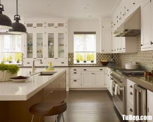 Tủ bếp chữ L chất liệu Sồi sơn men trắng sứ – TBN0065