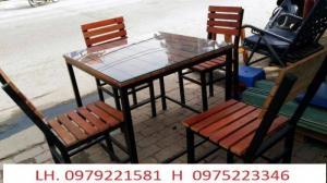 Bàn ghế gỗ nhựa giả mây chúng tôi nhận sản xuất theo yêu cầu khách hàng.